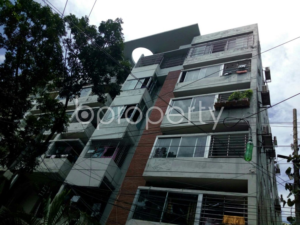 Outside view - 3 Bed Apartment to Rent in Dhanmondi, Dhaka - 1912646