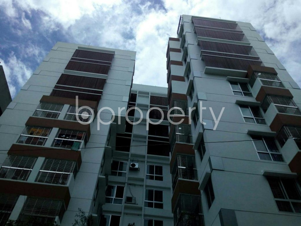 Front view - 3 Bed Apartment to Rent in Dhanmondi, Dhaka - 1912648