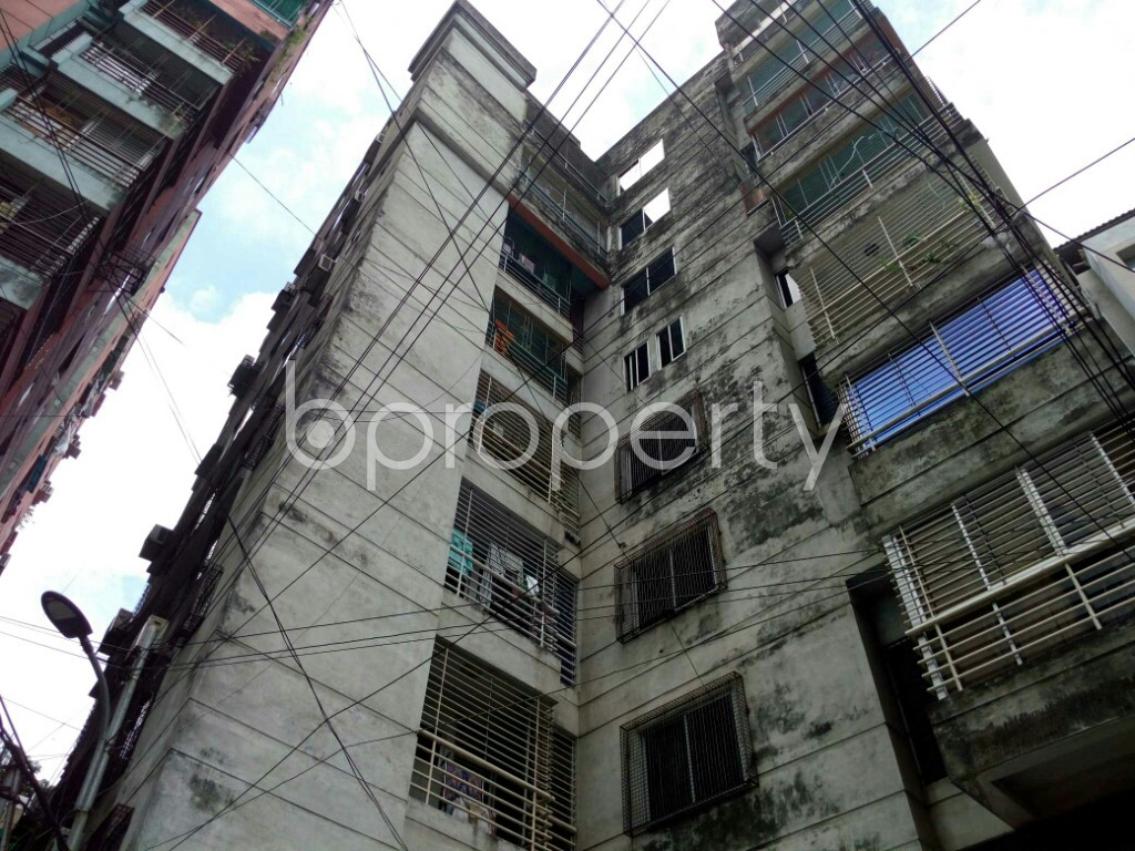 Outside view - 4 Bed Apartment to Rent in Dhanmondi, Dhaka - 1912649