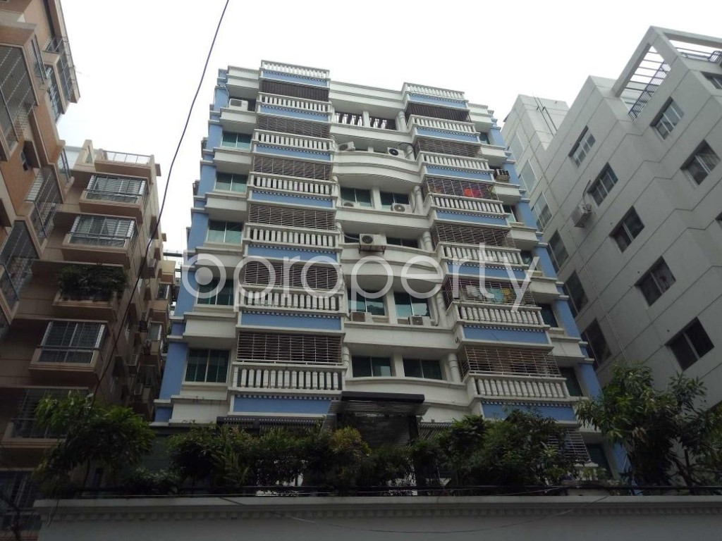Front view - 3 Bed Apartment to Rent in Bashundhara R-A, Dhaka - 1912676