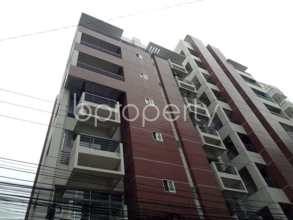 Front view - 3 Bed Apartment to Rent in Bashundhara R-A, Dhaka - 1912678