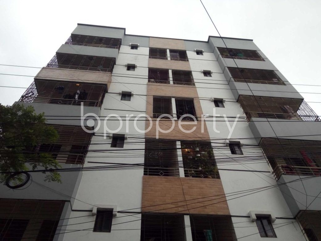 Front view - 3 Bed Apartment to Rent in Bashundhara R-A, Dhaka - 1912680
