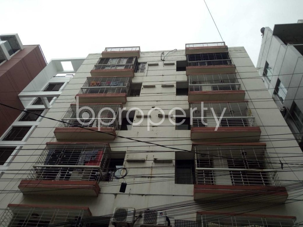 Front view - 3 Bed Apartment to Rent in Bashundhara R-A, Dhaka - 1912681