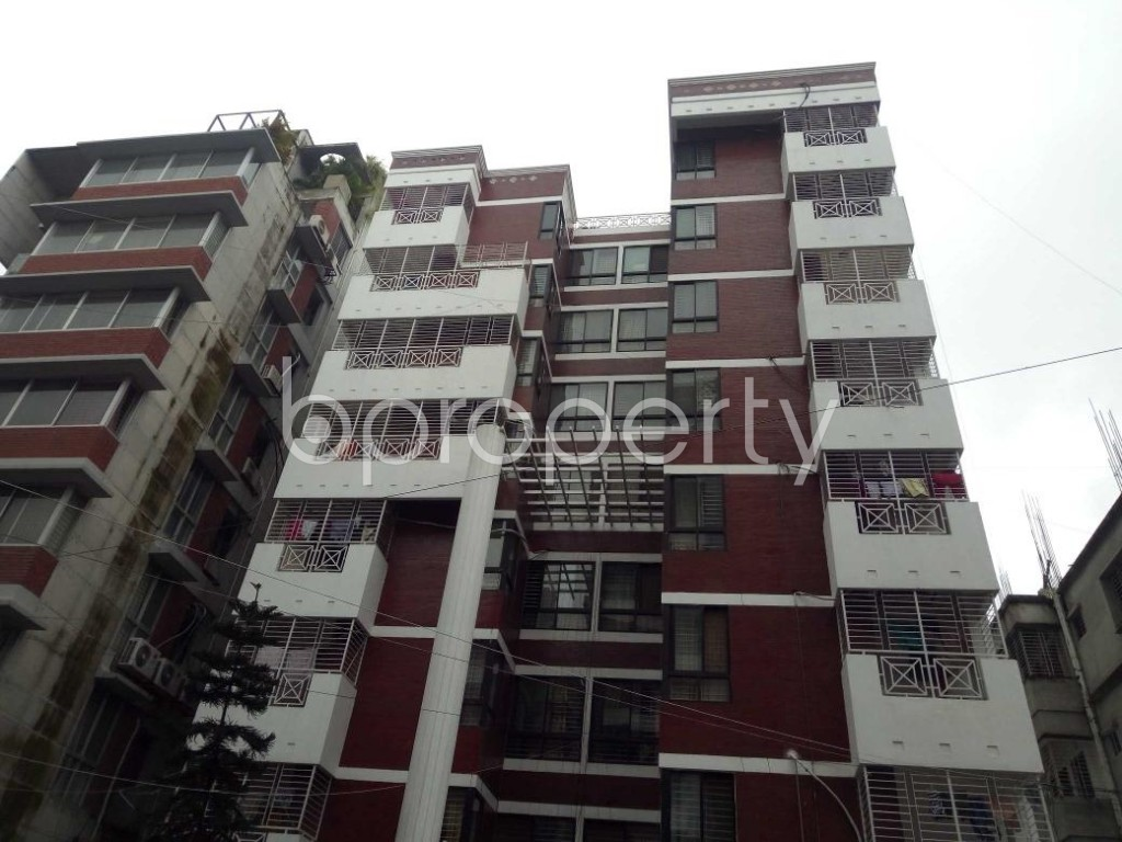 Front view - 3 Bed Apartment to Rent in Bashundhara R-A, Dhaka - 1912685