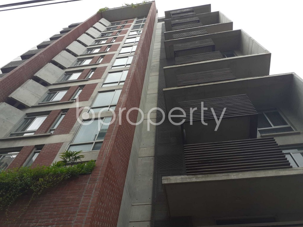 Front view - 4 Bed Apartment to Rent in Gulshan, Dhaka - 1912878