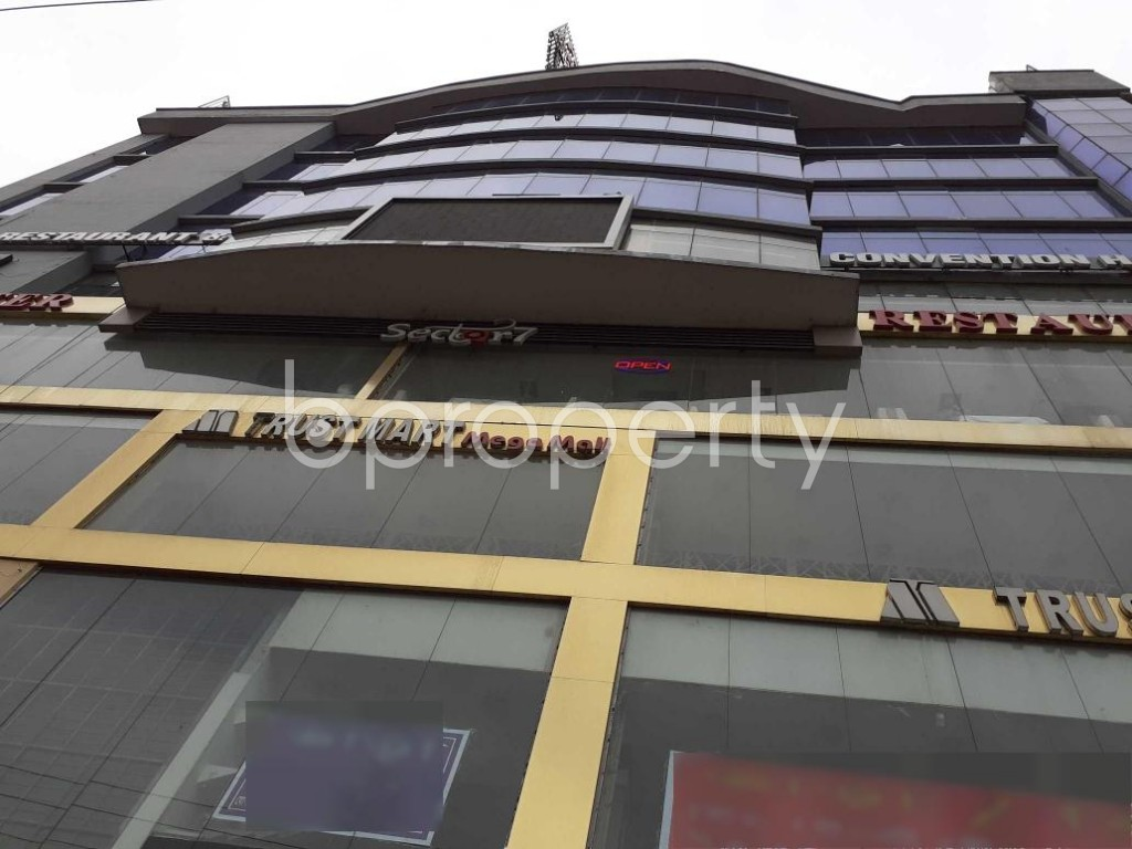 Front view - Floor for Sale in Uttara, Dhaka - 1912882