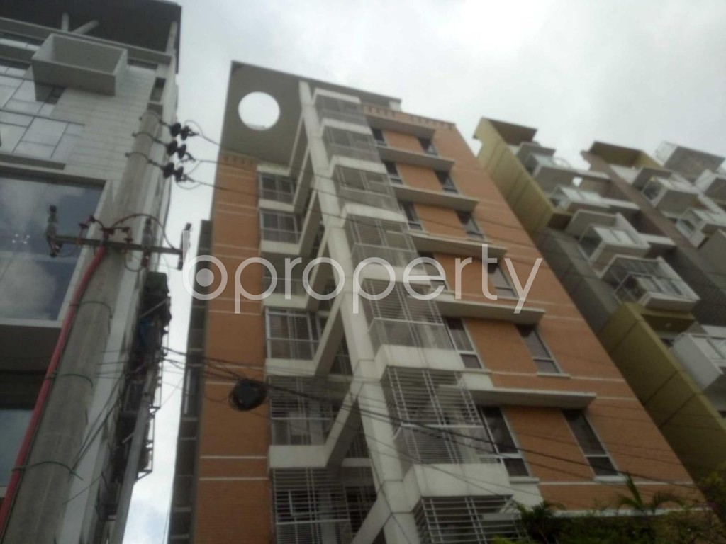 Front view - 3 Bed Apartment to Rent in Baridhara, Dhaka - 1913069
