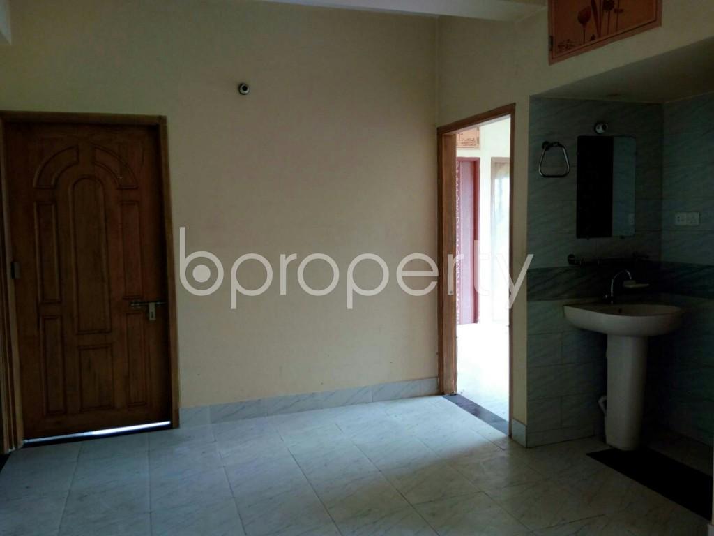 Bathroom - 3 Bed Apartment to Rent in Hathazari, Chattogram - 1913237