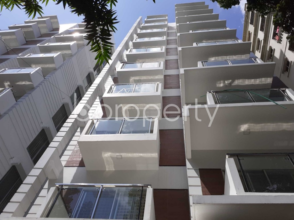 Front view - 3 Bed Apartment for Sale in Banani, Dhaka - 1913308