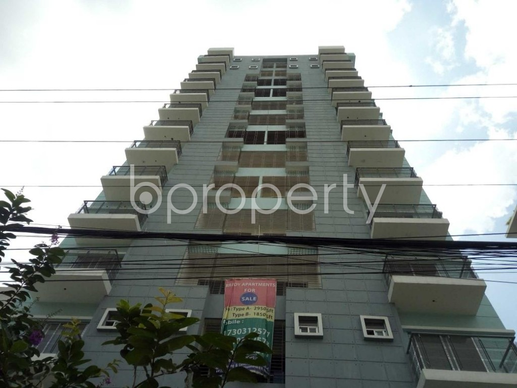 Front view - 3 Bed Apartment for Sale in Bashundhara R-A, Dhaka - 1913599