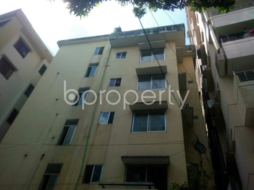 Outside view - 3 Bed Apartment to Rent in Panchlaish, Chattogram - 1913831