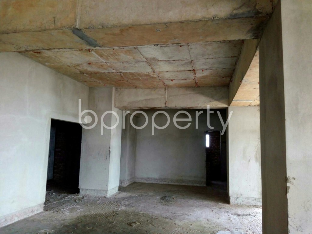 Commercial inside - Office for Sale in Double Mooring, Chattogram - 1913903