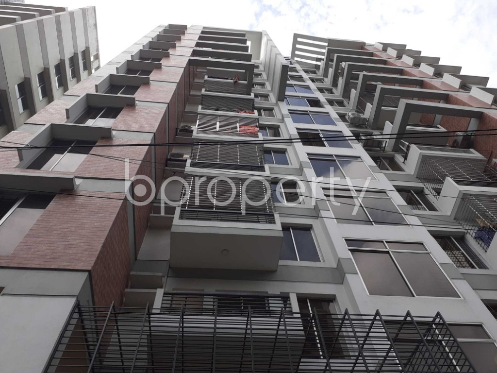 Front view - 4 Bed Apartment for Sale in Dhanmondi, Dhaka - 1915486