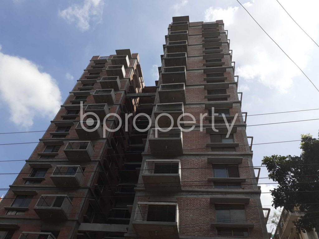Front view - 4 Bed Apartment for Sale in Dhanmondi, Dhaka - 1915658