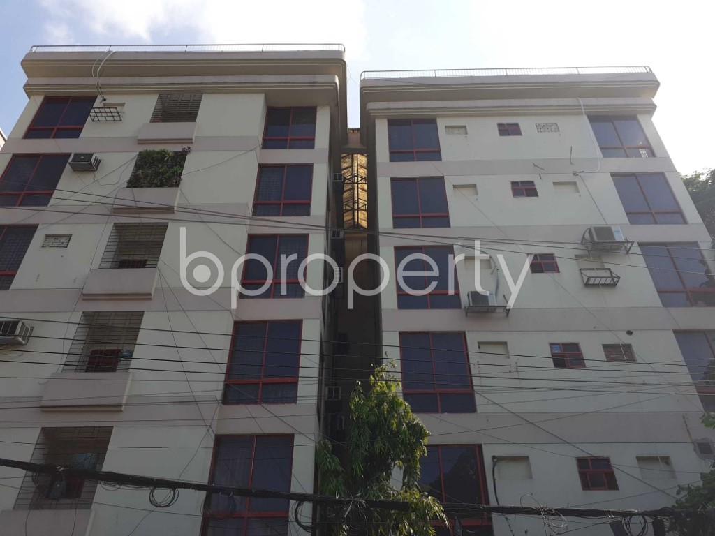 Front view - 3 Bed Apartment for Sale in Banani, Dhaka - 1916164