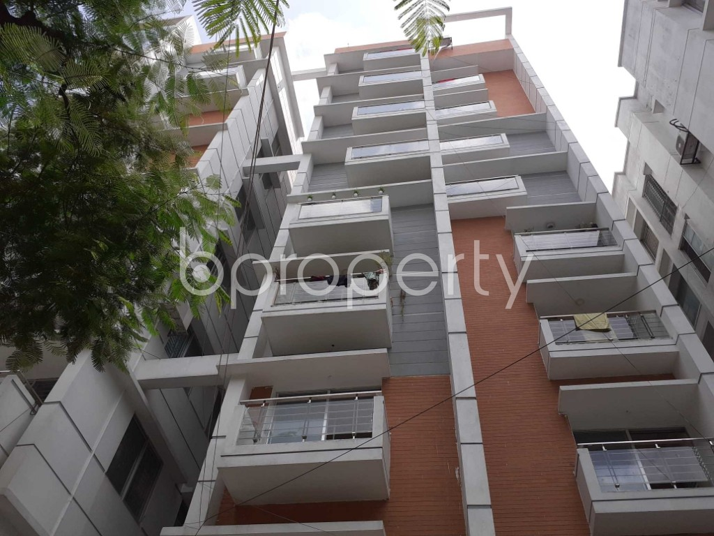 Front view - 4 Bed Apartment for Sale in Dhanmondi, Dhaka - 1916317