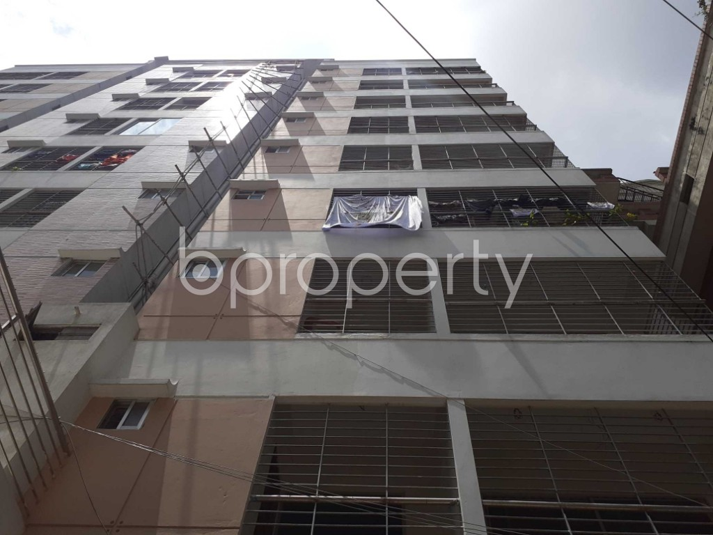Front view - 3 Bed Apartment for Sale in Dhanmondi, Dhaka - 1916334