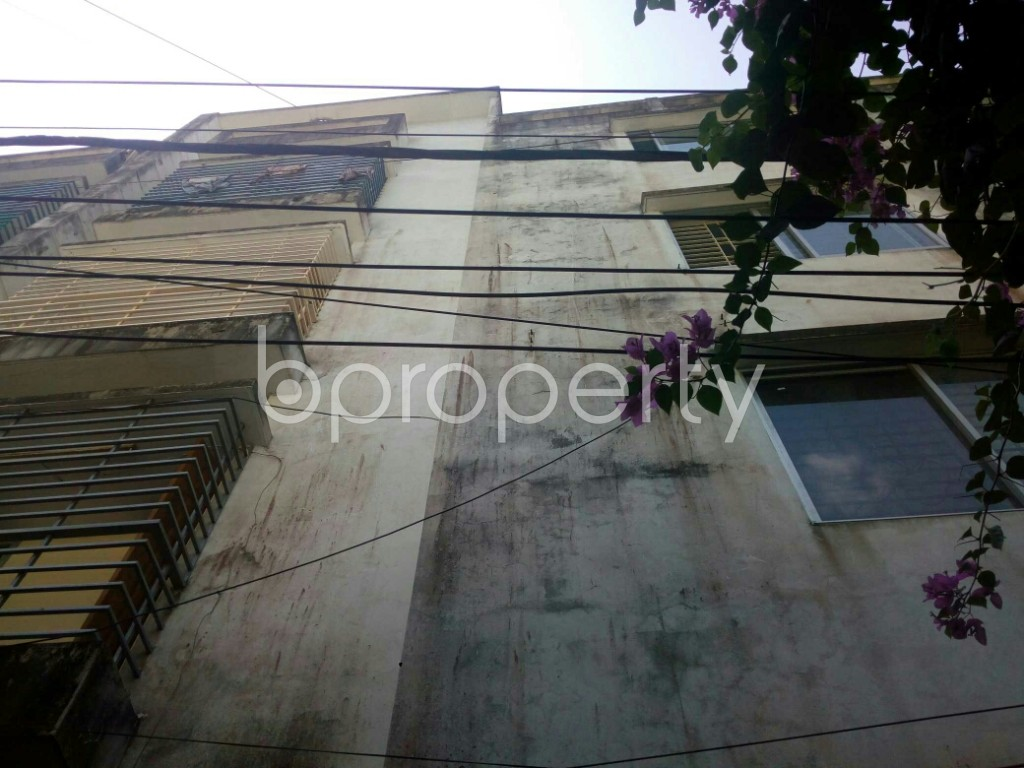 Outside view - 3 Bed Apartment for Sale in 9 No. North Pahartali Ward, Chattogram - 1916382