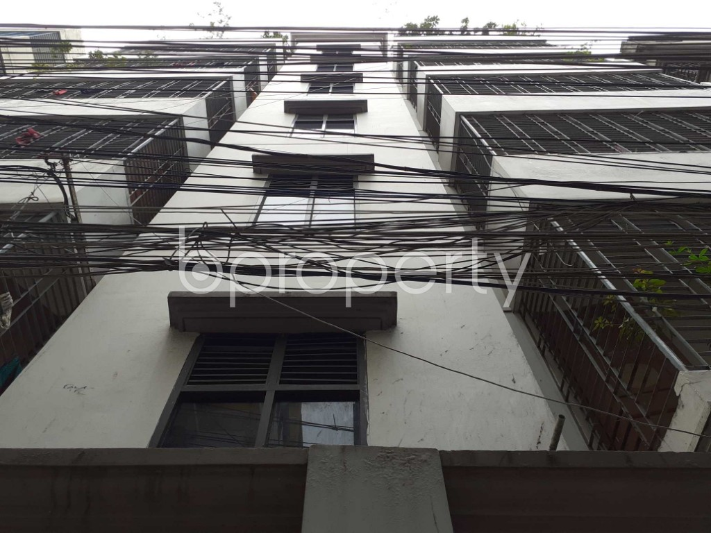 Front view - 3 Bed Apartment to Rent in Mohammadpur, Dhaka - 1916740