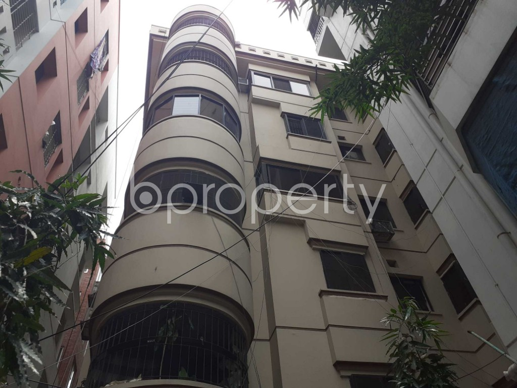 Front view - 3 Bed Apartment for Sale in Dhanmondi, Dhaka - 1916759
