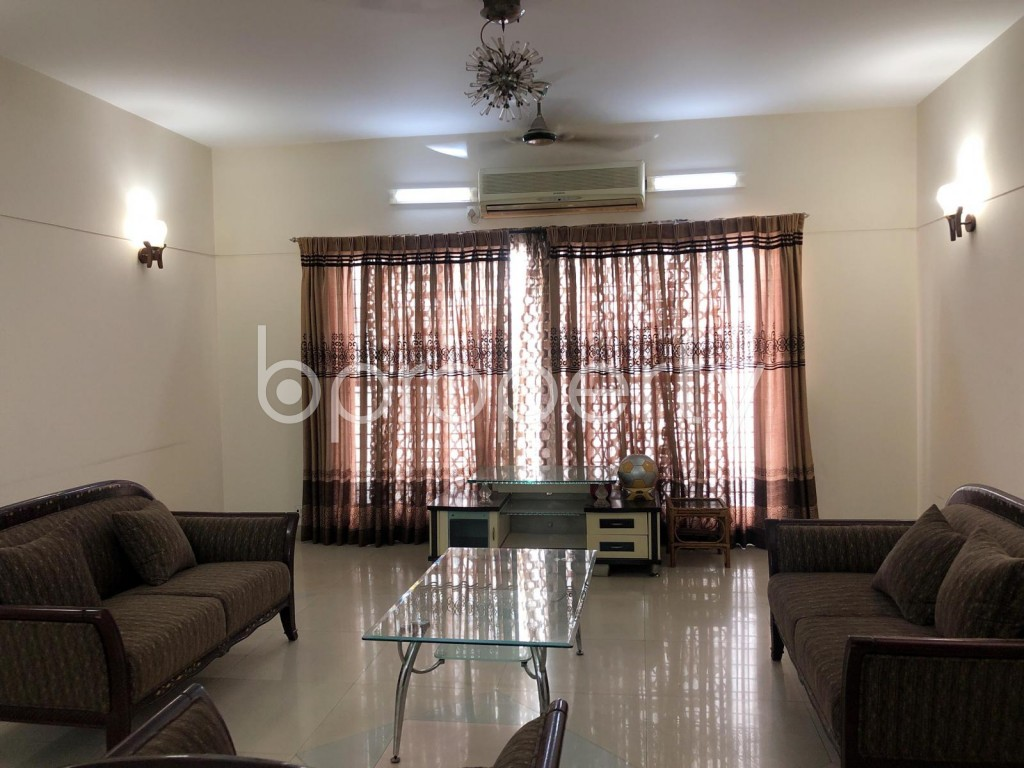 Empty Room - 3 Bed Apartment to Rent in Banani, Dhaka - 1915960