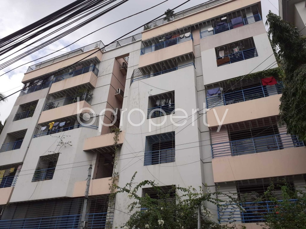 Outside view - 3 Bed Apartment for Sale in Dhanmondi, Dhaka - 1917173