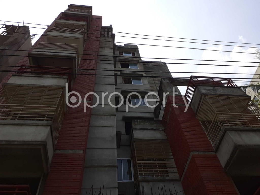 Front view - 3 Bed Apartment to Rent in Bashundhara R-A, Dhaka - 1917694