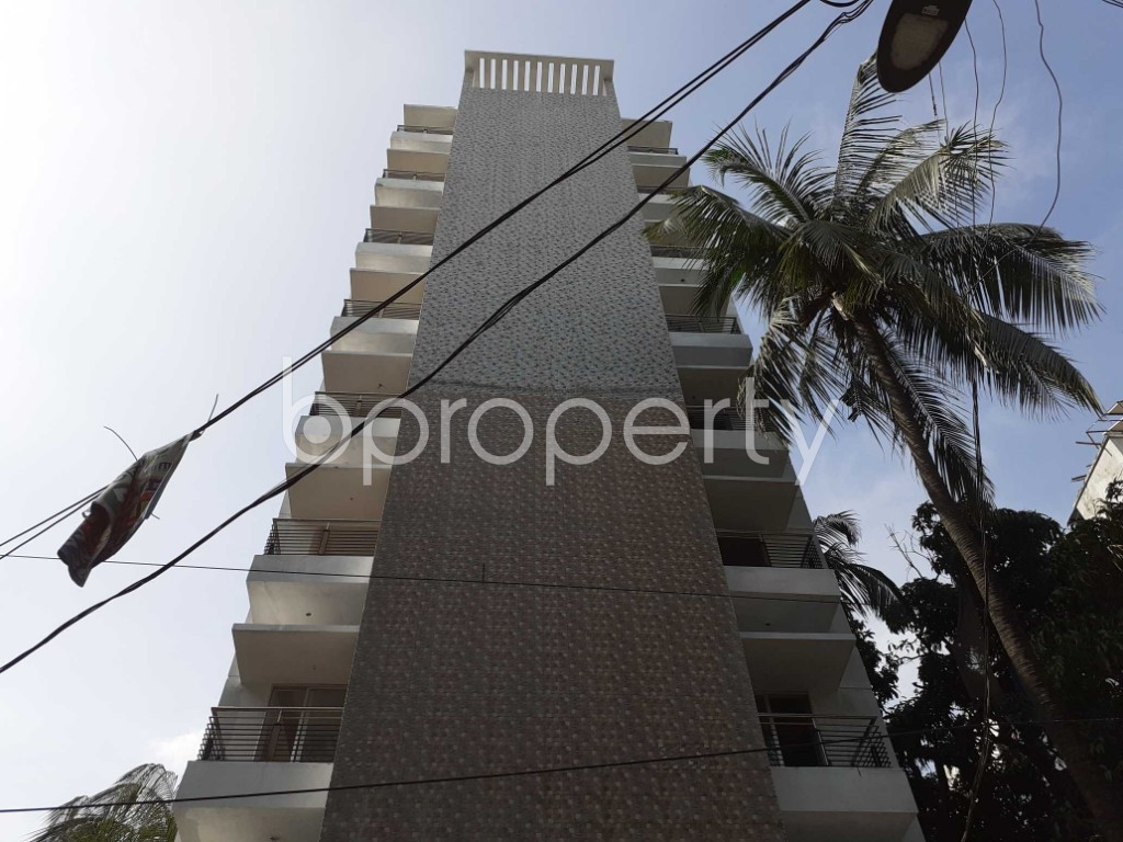 Front view - 3 Bed Apartment for Sale in Dhanmondi, Dhaka - 1918297