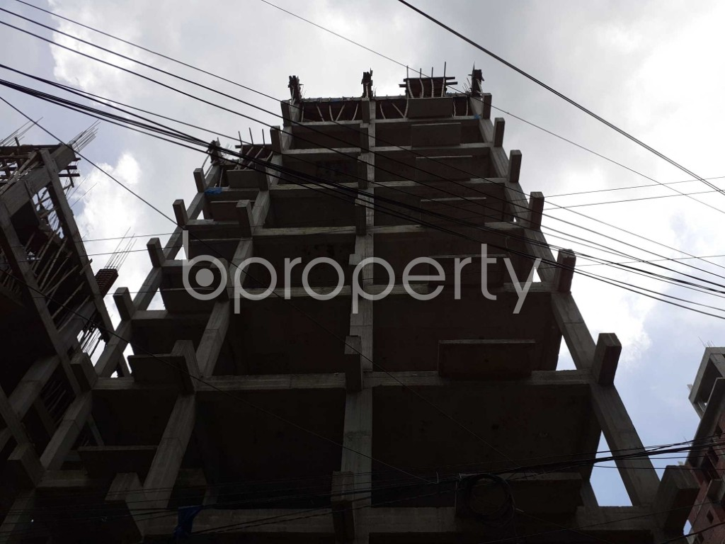 Front view - 4 Bed Apartment for Sale in Bashundhara R-A, Dhaka - 1918617