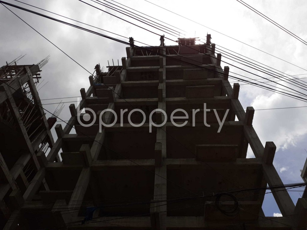 Front view - 4 Bed Apartment for Sale in Bashundhara R-A, Dhaka - 1918620