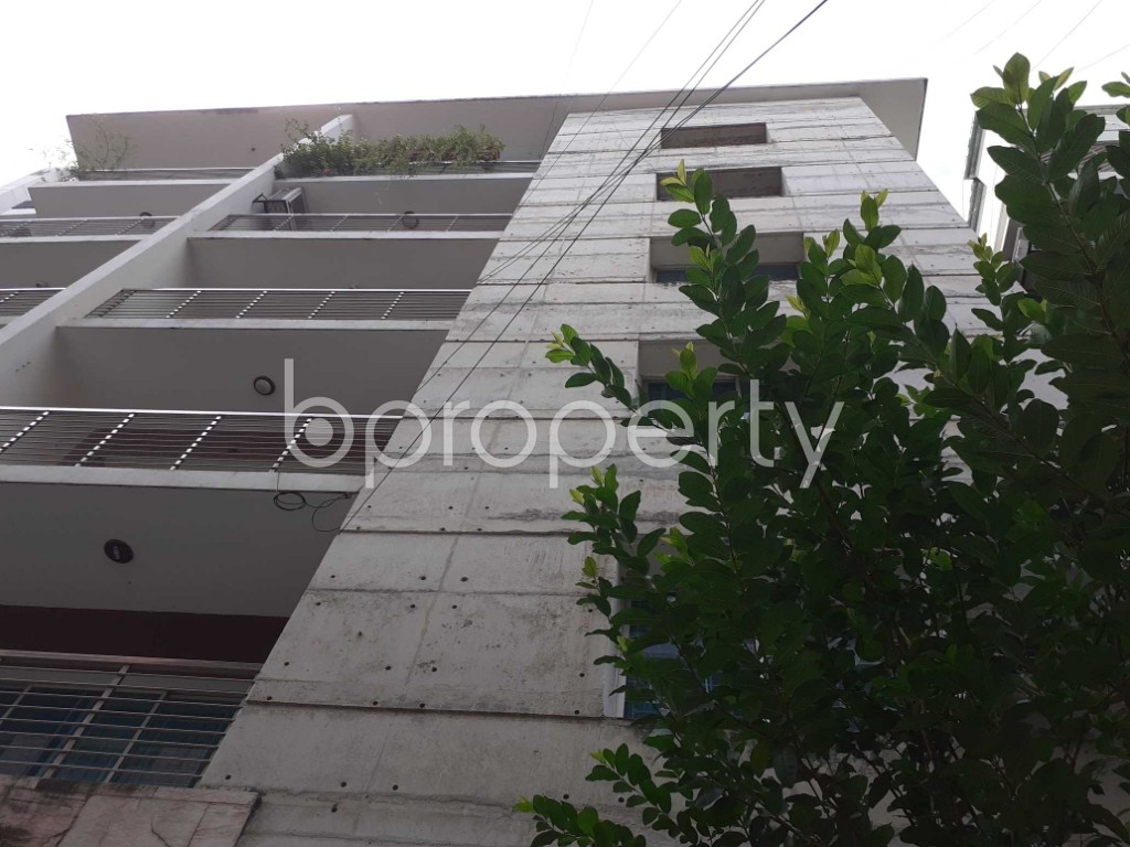 Front view - 4 Bed Apartment to Rent in Gulshan, Dhaka - 1918629