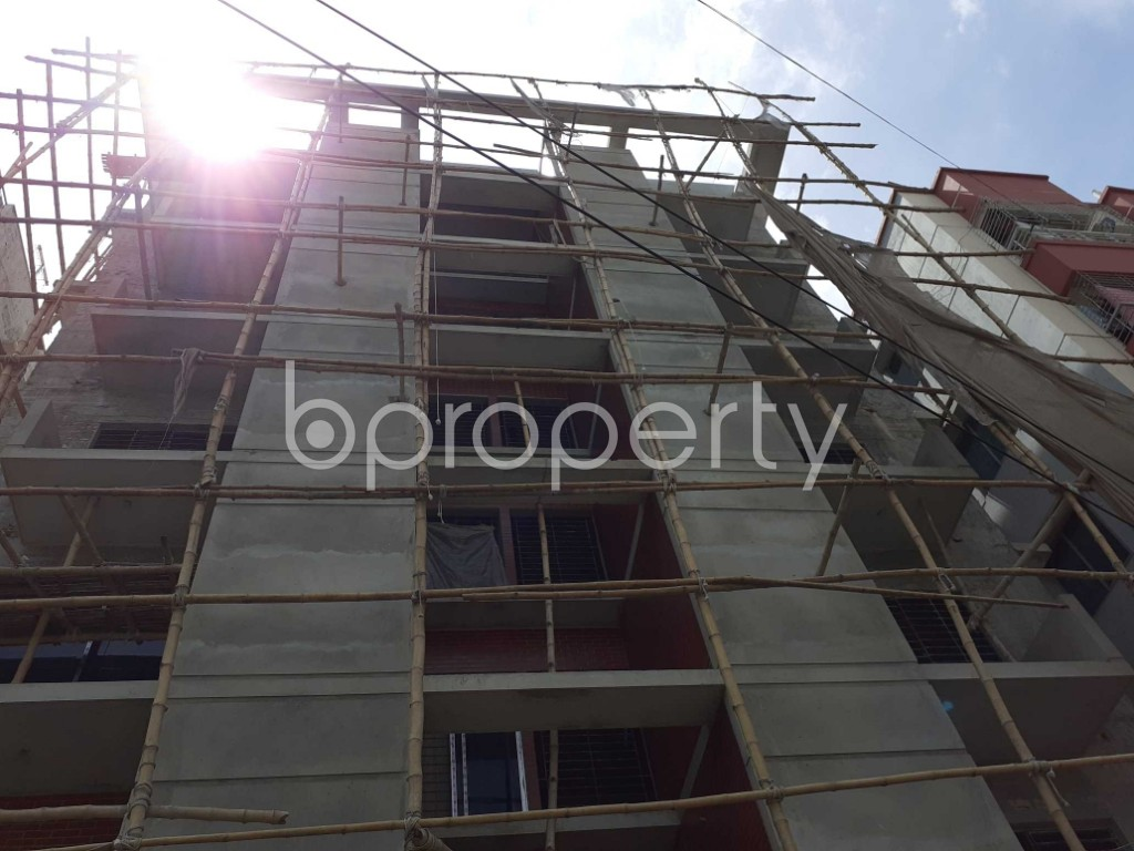 Front view - 3 Bed Apartment for Sale in Bashundhara R-A, Dhaka - 1918679