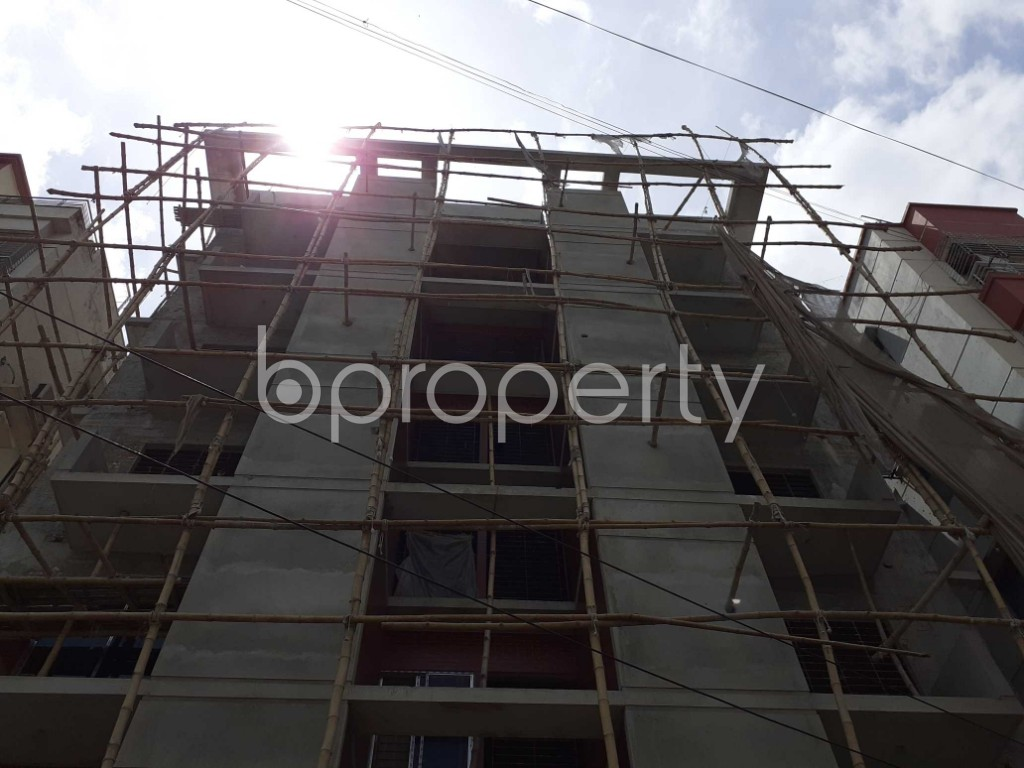 Front view - 3 Bed Apartment for Sale in Bashundhara R-A, Dhaka - 1918680