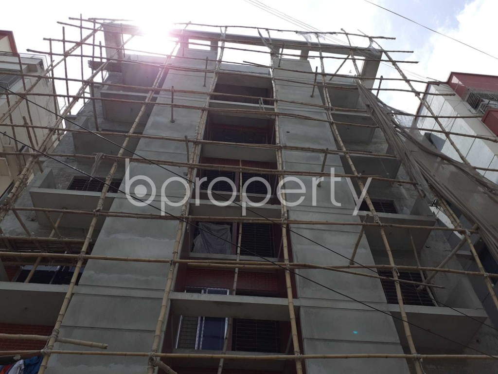 Front view - 3 Bed Apartment for Sale in Bashundhara R-A, Dhaka - 1918681