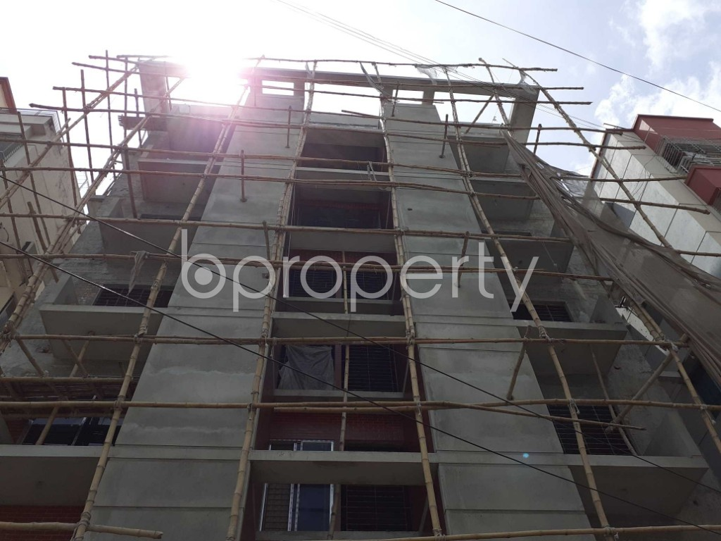 Front view - 3 Bed Apartment for Sale in Bashundhara R-A, Dhaka - 1918685