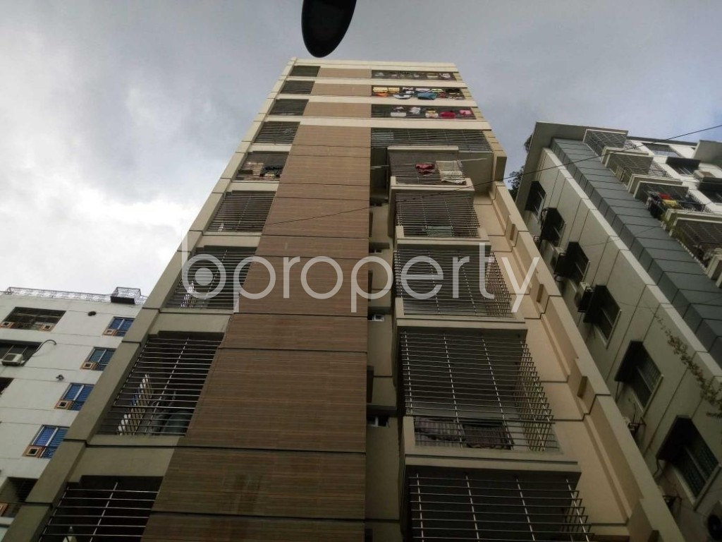 Front view - 3 Bed Apartment for Sale in Hatirpool, Dhaka - 1918721