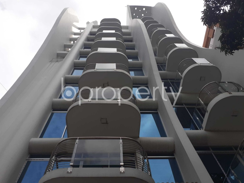 Front view - 5 Bed Apartment to Rent in Gulshan, Dhaka - 1919100