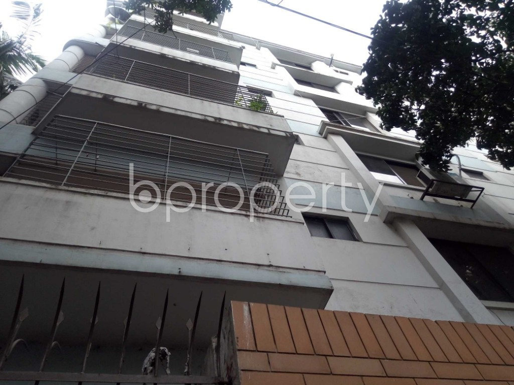 Outside view - 3 Bed Apartment to Rent in Banani, Dhaka - 1919034