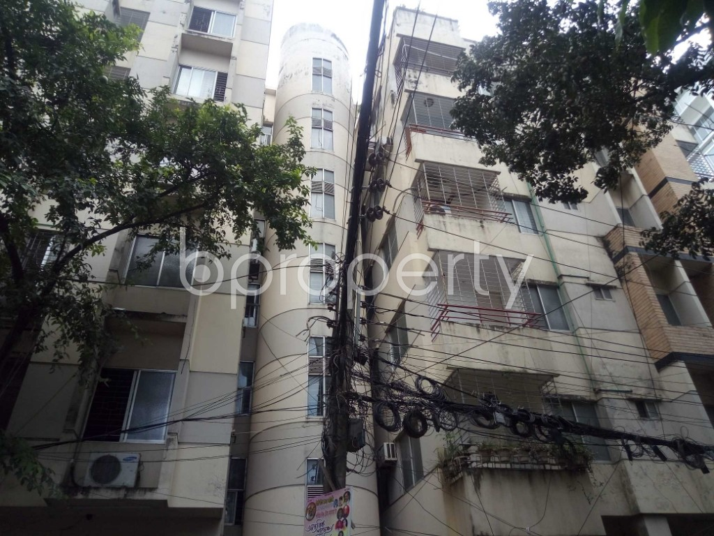 Outside view - 3 Bed Apartment to Rent in Banani, Dhaka - 1919035