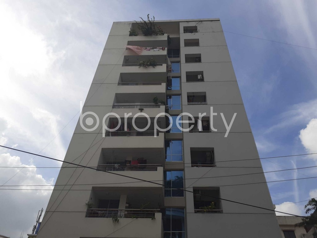 Front view - 4 Bed Apartment for Sale in Dhanmondi, Dhaka - 1919261