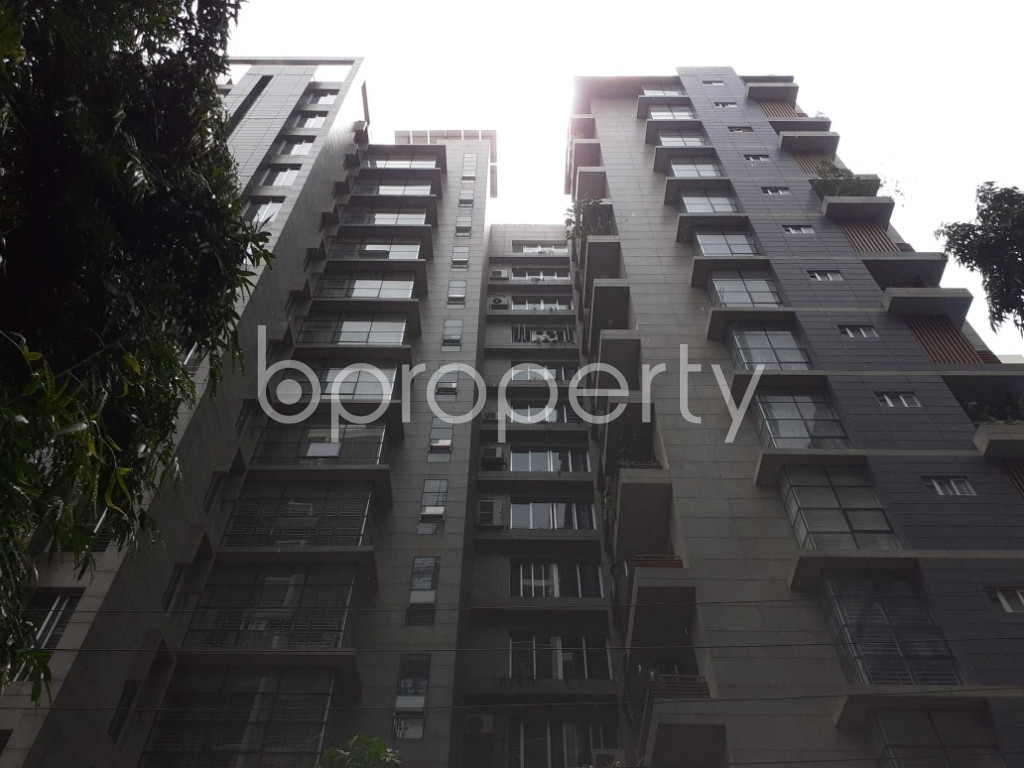 Front view - 3 Bed Apartment to Rent in Gulshan, Dhaka - 1919671