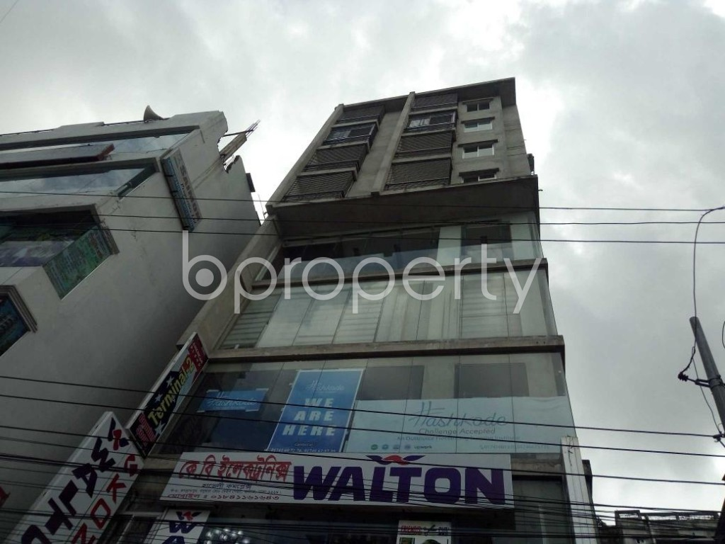 Front view - 2 Bed Apartment to Rent in Bashundhara R-A, Dhaka - 1920028