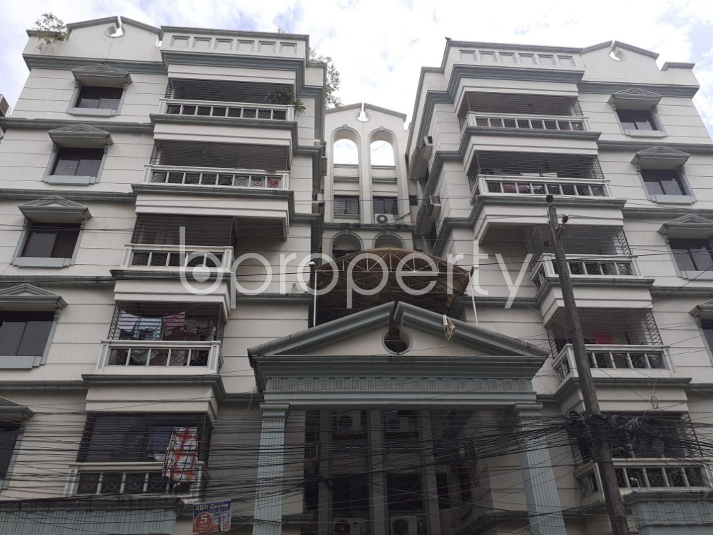 Front view - 3 Bed Apartment to Rent in Dhanmondi, Dhaka - 1920115