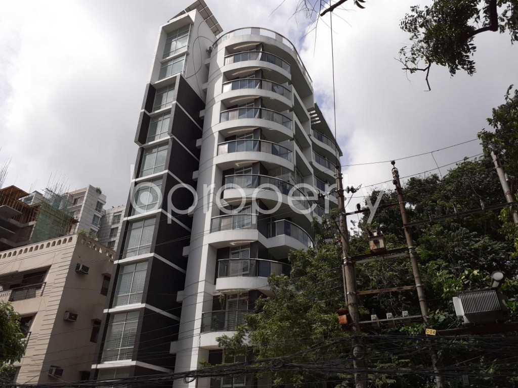 Outside view - 3 Bed Apartment for Sale in Dhanmondi, Dhaka - 1920125