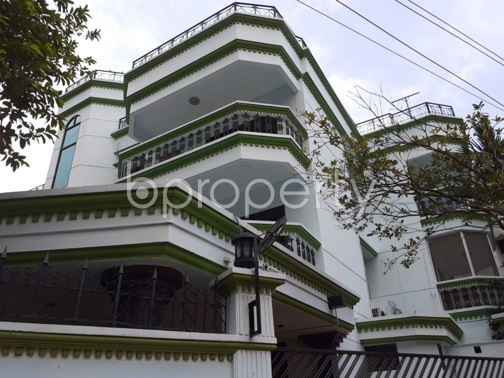 Front view - 4 Bed Apartment to Rent in Gulshan, Dhaka - 1920163