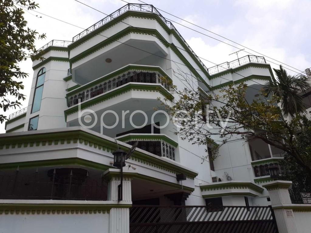 Front view - 4 Bed Apartment to Rent in Gulshan, Dhaka - 1920164