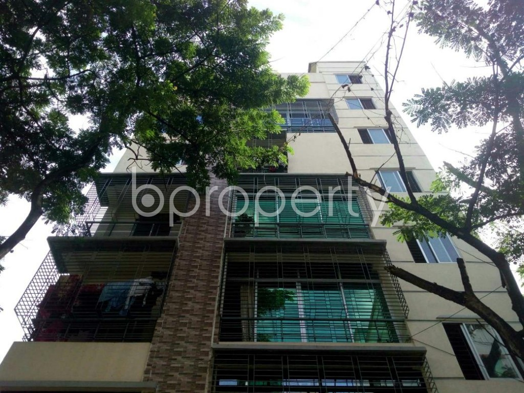 Front view - 2 Bed Apartment to Rent in Bashundhara R-A, Dhaka - 1919977