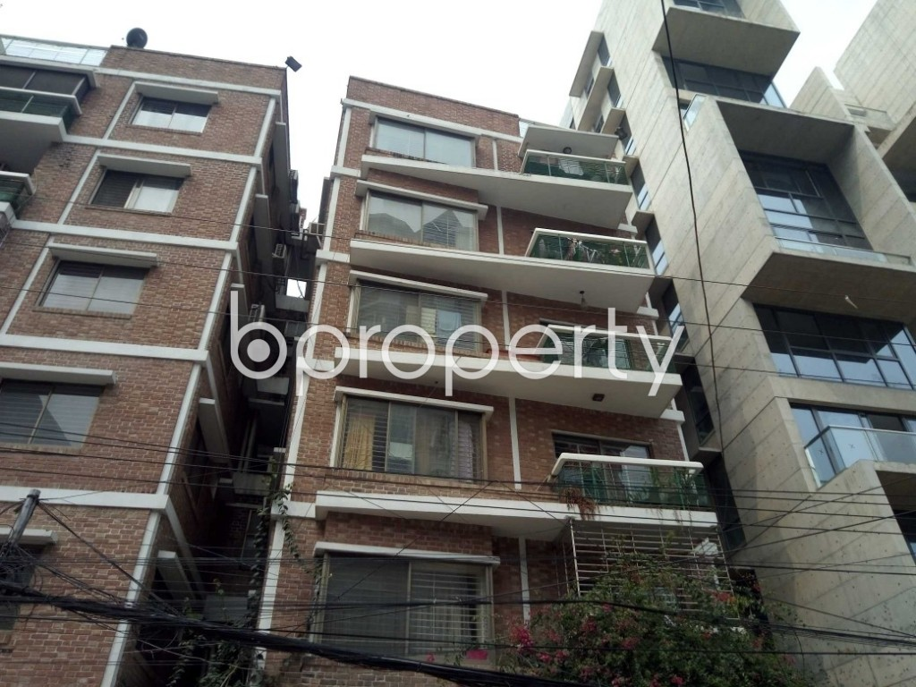 Front view - 3 Bed Apartment to Rent in Gulshan, Dhaka - 1919398