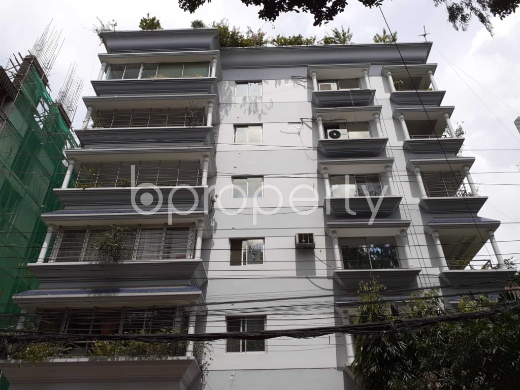 Front view - 5 Bed Apartment to Rent in Gulshan, Dhaka - 1920475