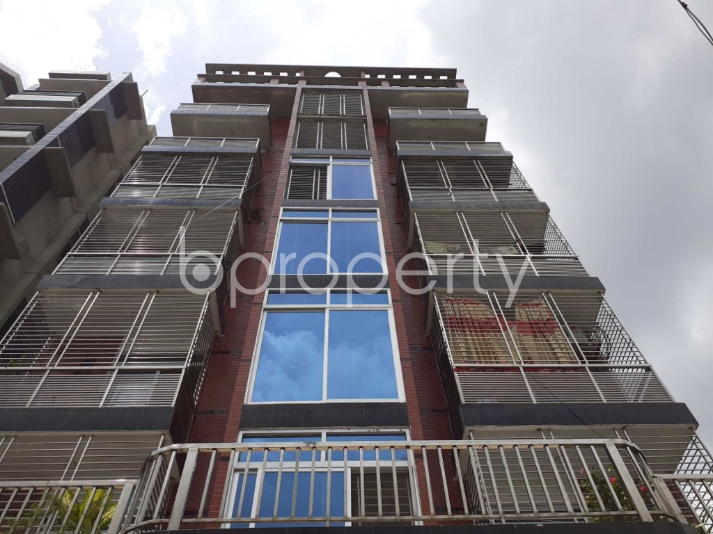 Front view - 3 Bed Apartment to Rent in Bashundhara R-A, Dhaka - 1920483